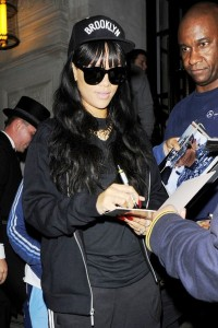 Rihanna heads to the Fitness First Gym in West London (June 28, 2012)