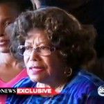 Katherine Jackson Makes Statement Upon Returning Home (Video)