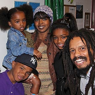 lauryn hills husband - photo #18