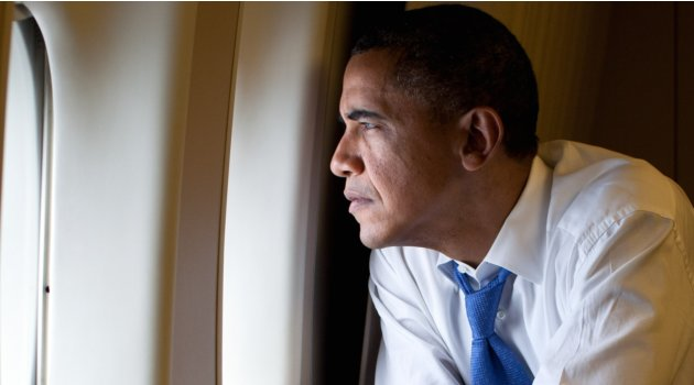 obama (looking out af1 window)