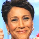 Robin Roberts 'Couldn't Stop Crying' Over Sister's Generosity