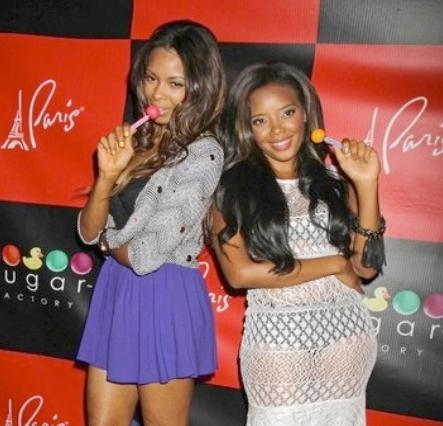 angela&vanessa_simmons(2012-reveling-dress-big)