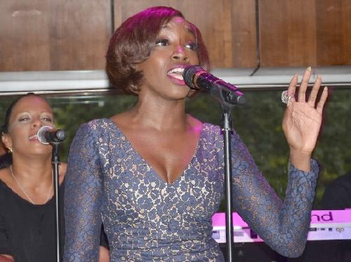 estelle(2012-at-mic-wide)