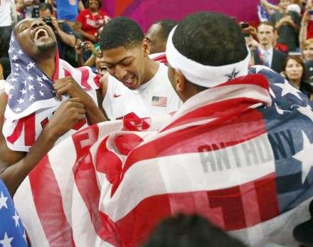 us mens bball team celebrate gold