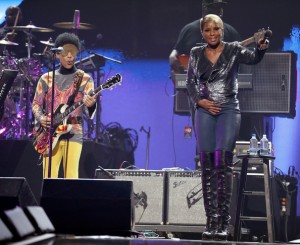 Prince (L) and singer Mary J. Blige perform onstage during the 2012 iHeartRadio Music Festival at the MGM Grand Garden Arena on September 22, 2012 in Las Vegas, Nevada.