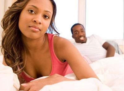 couple-bed-upset-woman_400x295_12
