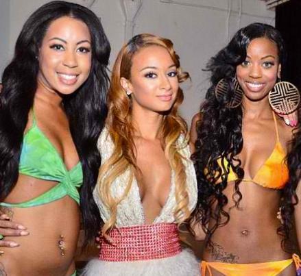 draya&swimsuit_models(2012-big-med-wide)
