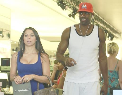 antawn jamison & girlfriend