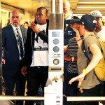(Sunday Snaps) Jay-Z Catches the Subway to Brooklyn