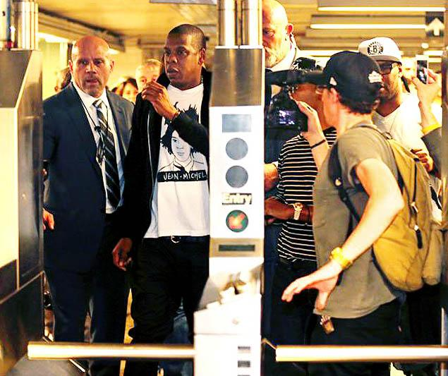 jay-z-subway-barclay-the jasmine brand