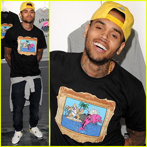 chris-brown-pink-dolphin-in-store-meet-and-greet
