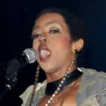 Lauryn Hill Apologizes for Sound Issues at Chicago Show