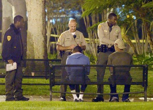 usc cops question suspects