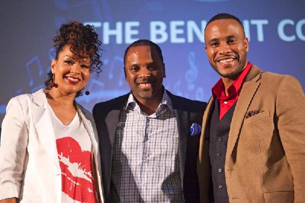 "LisaRaye McCoy, Pastor Toure Roberts and DeVon Franklin celebrate at the ""One Church, One Night"" Benefit Concert"