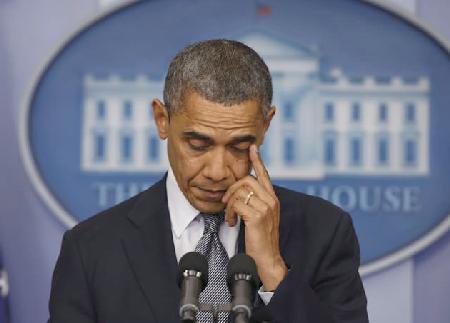 obama (emotional during shooting statement)