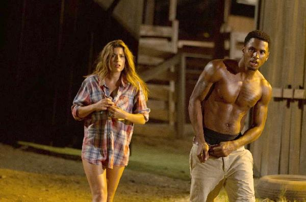 trey songz and female (texas chainsaw 3d)