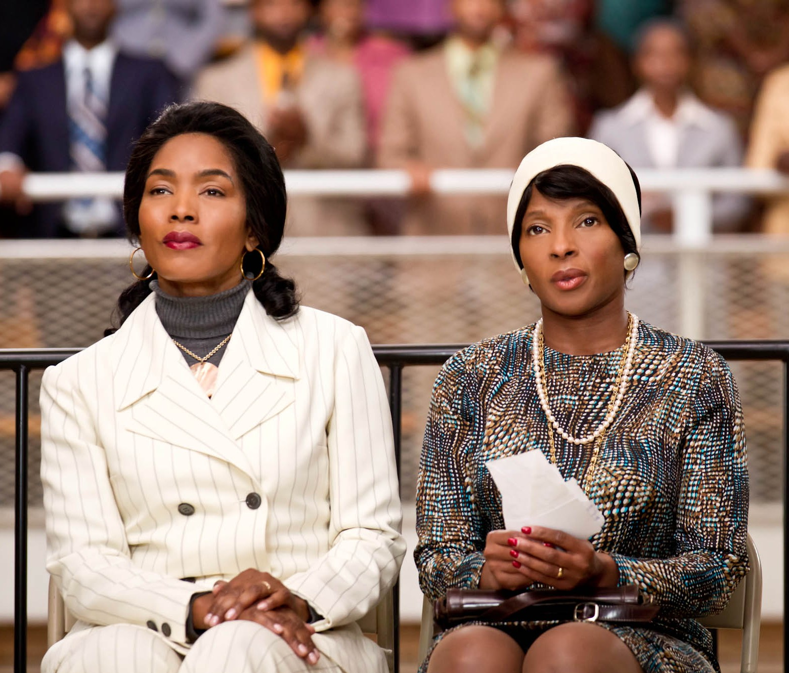 mary j. blige & angela bassett ('betty & coretta)