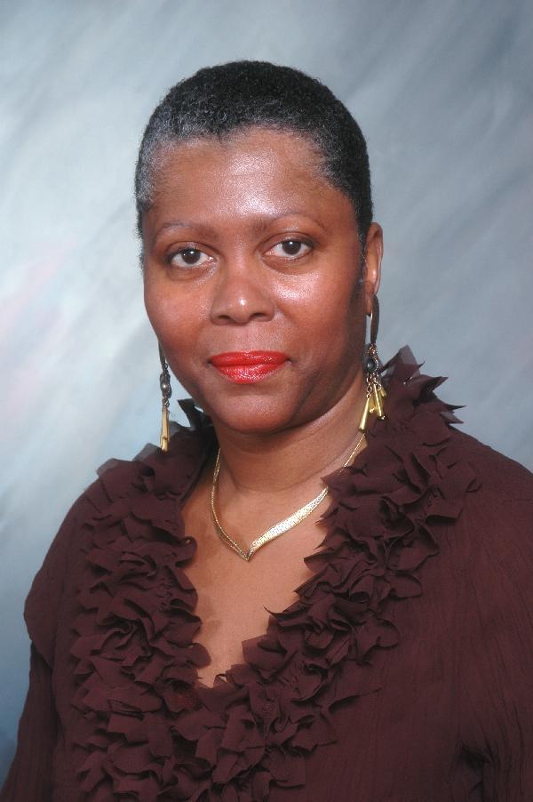 Rae Jones 2008 headshot600