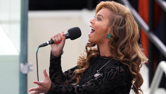 beyonce sings at inaugural