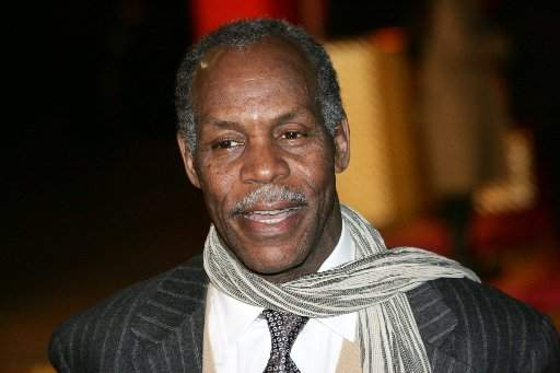 danny glover (scarf)