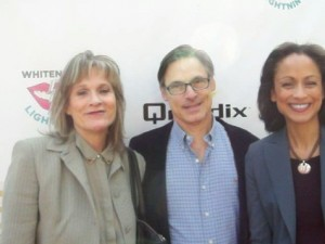 Nicholas Guest (center) and wife (left) with Anne-Marie Johnson. (Photo credit: Eunice Moseley)