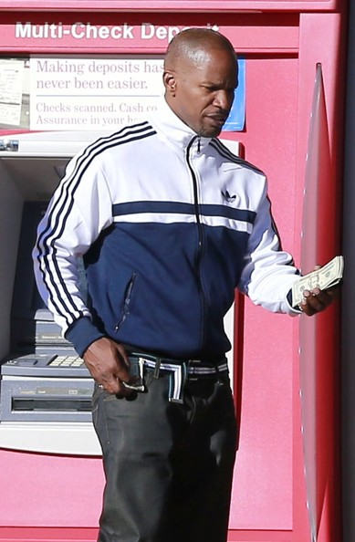 Actor Jamie Foxx Stops by an ATM in Los Angeles, California on February 16, 2013.