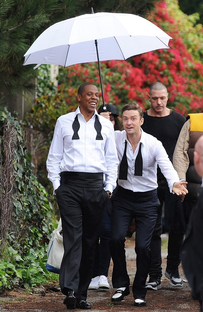 """Jay-Z, Justin Timberlake on the set of the """"Suit & Tie"""" video shoot"""