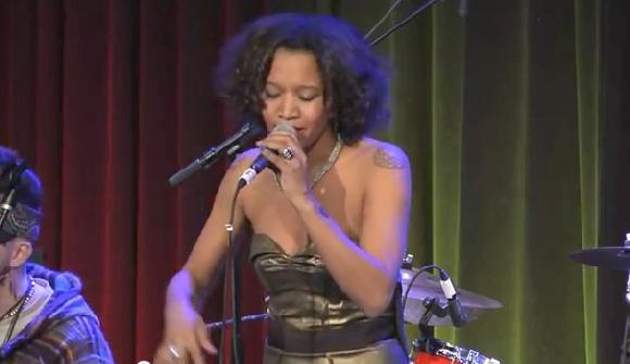 meleni smith (performing live)