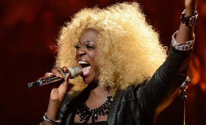 """Zoanette performs """"Circle of Life"""" from """"The Lion King"""" on """"American Idol"""" (Feb. 27 2013)"""