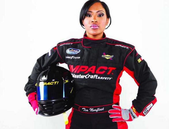 Report Tia Norfleet First African American Woman Nascar