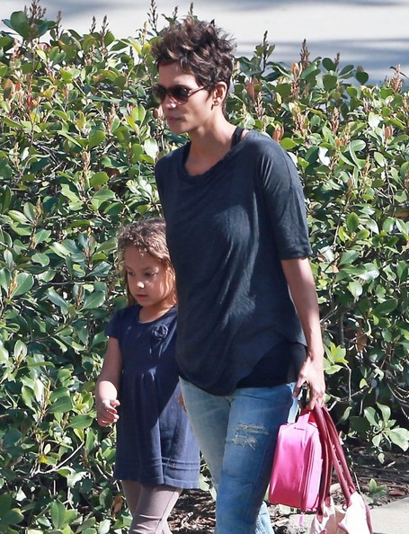 Halle Berry picks up her daughter Nahla at school on March 4, 2013 in Studio City, California.