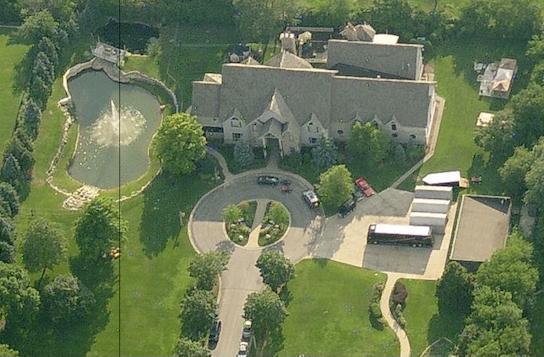 R. Kelly's mansion