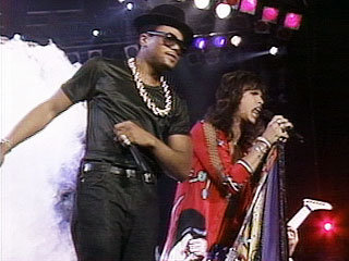 "DMC and Steven Tyler perform ""Walk this Way"" at the 1987 MTV Video Music Awards"