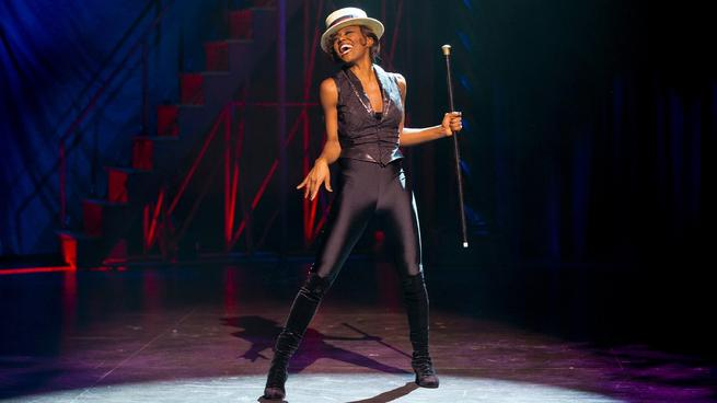 """Patina Miller in """"Pippin"""" at the Music Box Theatre"""