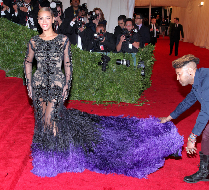 Off Topic >> Harry's Topic: the slayage continues - Página 15 Beyonce-met-gala-1
