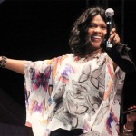 CeCe Winans Signs with Motown for First Gospel Album