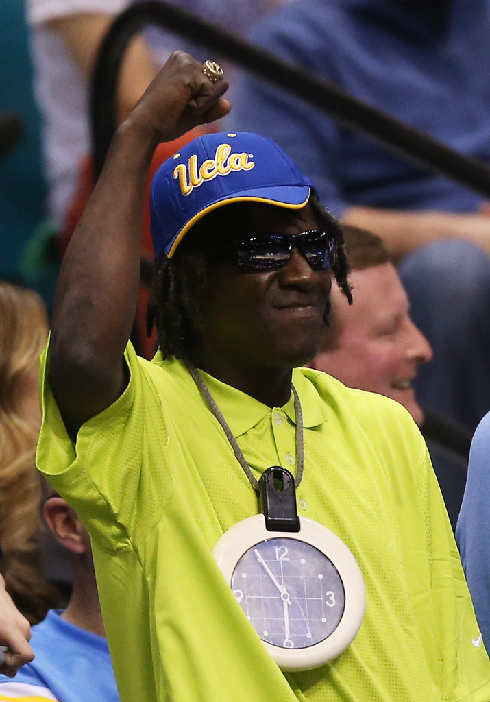 Flavor Flav attends the Pac-12 Championship game between the Oregon Ducks and the UCLA Bruins at MGM Grand Garden Arena on March 16, 2013 in Las Vegas