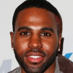 Jason Derulo Tests Neck With Headstand in New Video