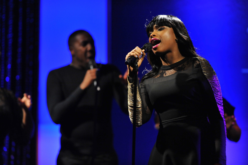 jennifer hudson grammy singing
