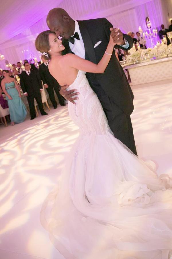 michael jordan wedding photo (dancin)