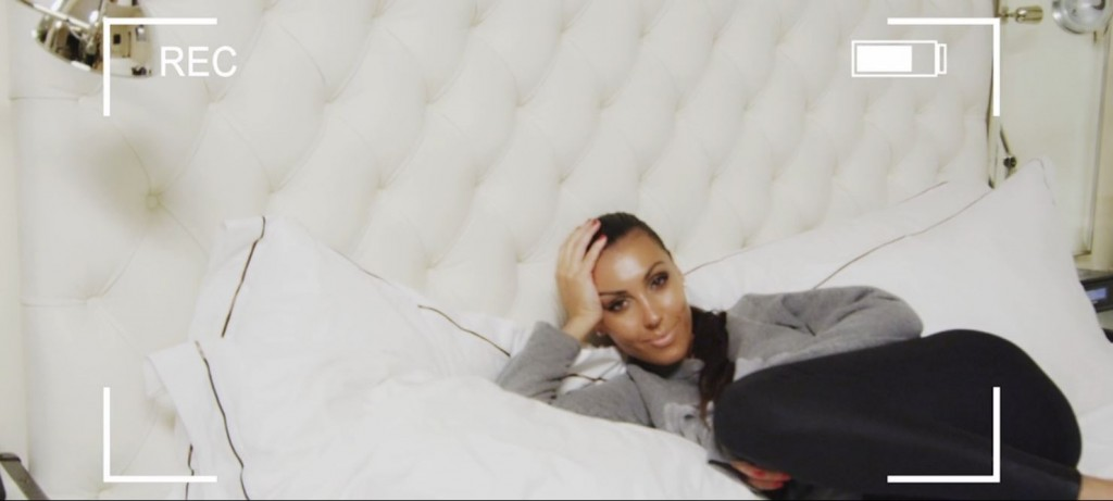 "Kim Kardashian lookalike in Ray J's video for ""I Hit it First"""