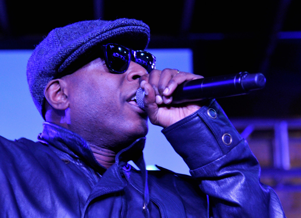 Talib Kweli performs at The Samsung Galaxy Sound Stage at SXSW on March 11, 2013 in Austin, Texas