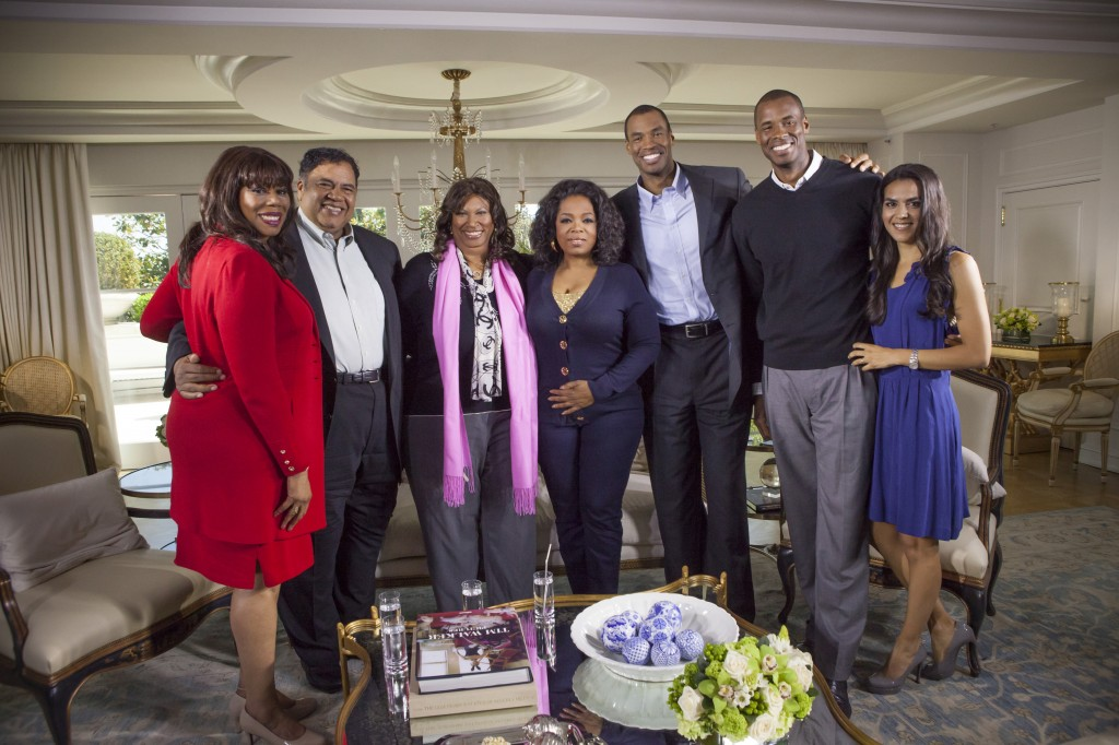Oprah Winfrey with Jason Collins and his family (L-R): Teri Jackson (aunt), Paul Collins (father), Portia Collins (mother), Oprah Winfrey, Jason Collins, Jarron Collins (twin brother), Elsa Collins (Jason's sister-in-law).