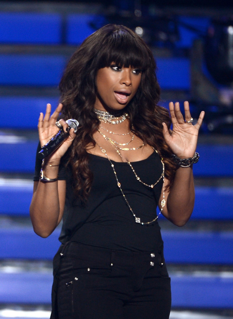 Jennifer Hudson perform onstage during Fox's 'American Idol'Finale Results Show at Nokia Theatre L.A. Live on May 16, 2013 in Los Angeles