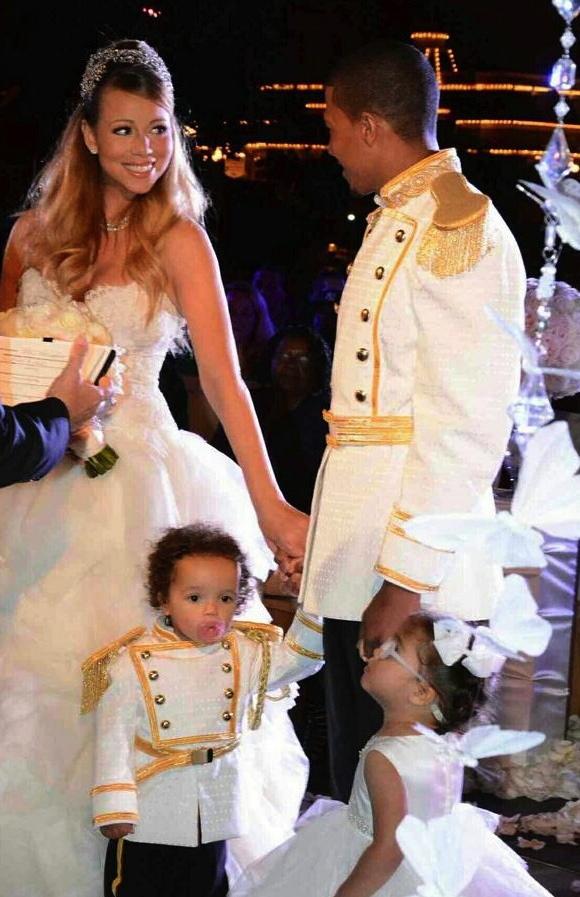 mariah-carey-nick-cannon-renew-wedding-vows-at-disney-02