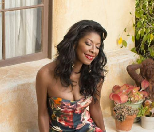 natalie cole (sitting)