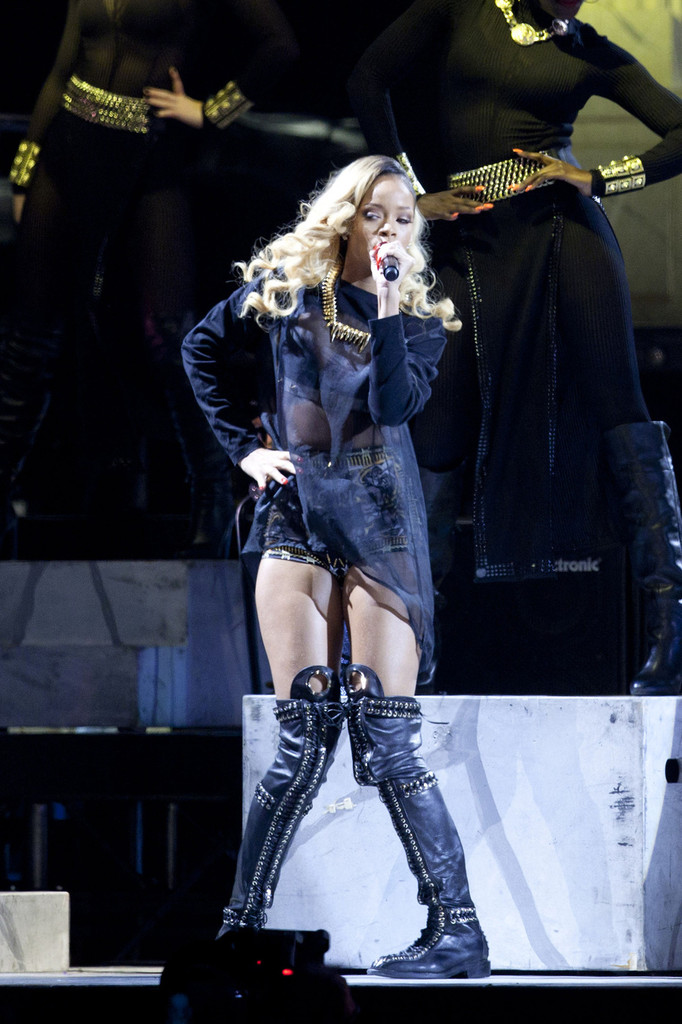 Singer Rihanna performs on stage at the BEC (Bilbao Exhibition Center) in Bilbao. (May 25, 2013)