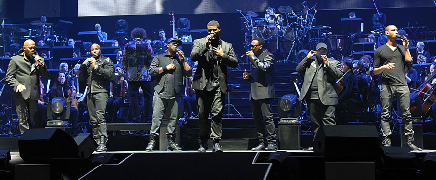 Naturally 7 doing their thing at 'Night of the Proms""