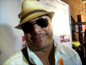 "Howard Hewitt on red carpet of an exclusive reception to announce ""On The Vine"" benefit for break-through kidney disease research. (Photo credit: Eunice Moseley)"