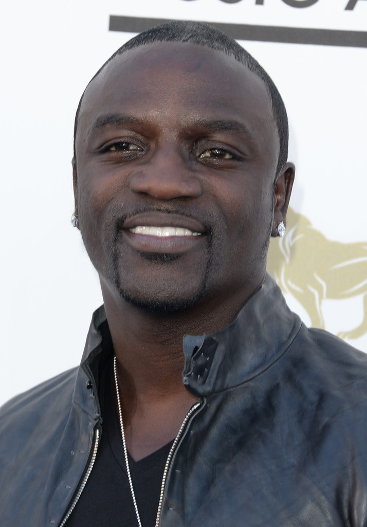 Recording artist Akon arrives at the 2013 Billboard Music Awards at the MGM Grand Garden Arena on May 19, 2013 in Las Vegas